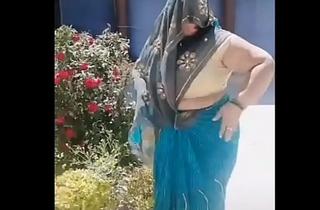 Desi Busty TkTk Aunty 2