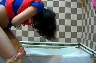 Gorgeous Indian girl peeing