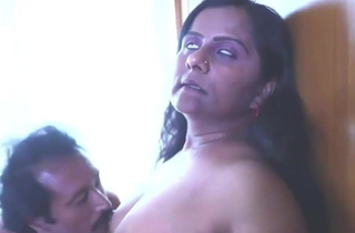Sexy Indian Mallu Gossip columnist and Aunty Try Sex, active film over