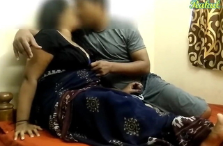Heavy Caked INDIAN AUNTY HAS Lovemaking On touching SON'S Side