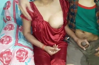 Hot sexy new indian Bhabhi, enjoying copulation with whilom before boyfriend
