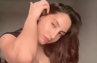 Nora fatehi sexy expressions