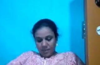 Indian slurps Aunty