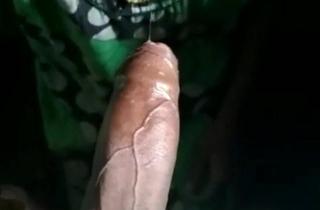 Youthful Tamil wife blowjob & deepthroat- mulai ah kaatu