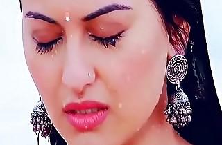 Sonakshi Sina-Boobs In the same manner R.Rajkumar Movies