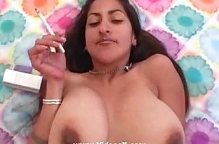 Feeding young indian floozy