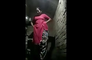 Indian North Aunty Bonks Regarding Neighbour Men When Hubby Out