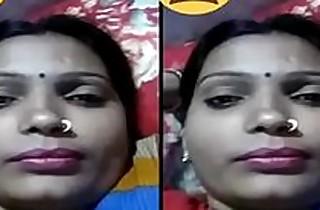 Indian Desi Village Bhabhi showing Her Boobs on Video Call Part 1