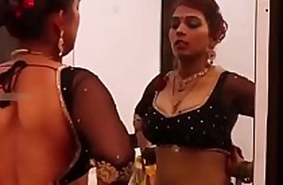 Indian desi mummy apropos glowering saree big boobs bhabhi indian web series feneo movies ullu