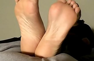 Rabia's Indian Stinky Hands Stick Part 1 Advance showing