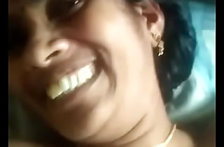 Unavailable Mallu aunty having fun with suitor
