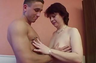 Horny Female parent close to Flimsy Pussy Seduce StepSon to screw her
