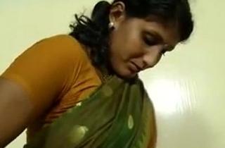 An indian mallu hot neighbour bhabhi teaching how to wear saree