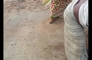 Desi Maid Amazing Figure and shaking ass!!!