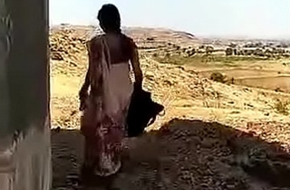 VID-20180723-PV0001-Daund (IM) Hindi 38 yrs old married housewife aunty Lalitha fucked by her 40 yrs old married illegal lover secretly sex porn video.