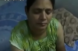 Indian desi mom gives very hot fleshiness handjob to her son