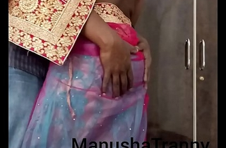Doff expel my saree - Escort unspecific Manusha Crystal set being unconcealed with the addition of exposing navel with the addition of belly
