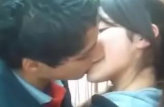 पाकी आर्मी कॉलेज छात्र किस विडियो