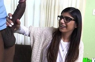 Mia khalifa enjoys engulfing a liberal dark shlong