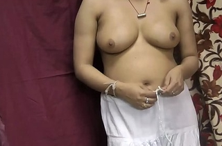 Rupali Taking Shalwar Absent Rubbing Her Indian Pussy