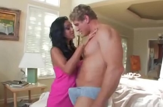Busty Indian Milf Gets Greased together with Fucked Visit www.SuperHornyMilfs.com detest fitting of Part 2