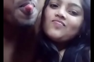 Indian follower groupie Kissing and Heart of hearts sucking with Oral pleasure -DESISIP.COM