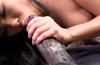 Petite asian Cindy Starfall meets Mandingo'_s BBC