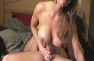 MILF Mia Loves Fucking On tap Home - Find MILF to chat at besmartbelikebill.com