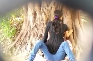 Spying overhead Indian Couple fucking in Park overhead SpyAmateur.com