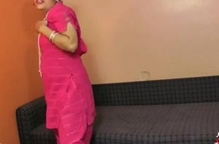 Indian Gujarati Babe Rupali XXX Porno