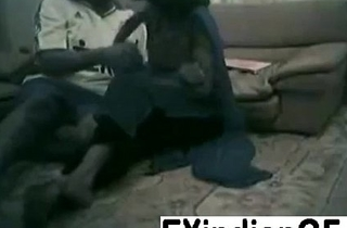 Amateur Indian couple bonking primarily the crawling room floor