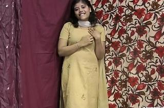 Rupali Indian Girl In Shalwar Oblige Stripping Show