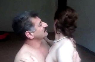 Arab aunty deep throated n fucked elsewhere out be useful to one's mind spouse wid uproarious whimpering