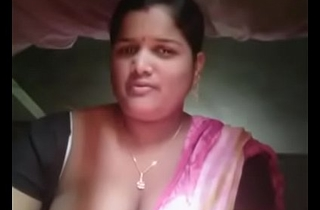 Odia Off colour Bhabi show Boobs n wet crack (DesiSip.Com)