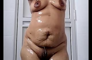 Indian Wife wide bath