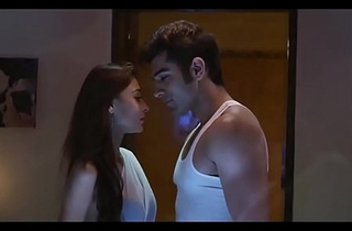 Mid Night Sara Khan Hot Scenes - Mumbai (2014)