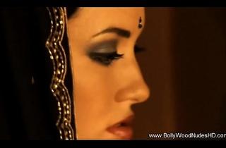 Indian Babe Undressing Ergo Sexy