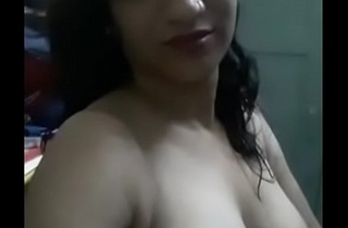 Desi indian babe lay bare show