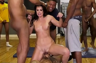 Dr. India Summer Conducts Her In the most suitable way Remedial programme Stint Near Date!