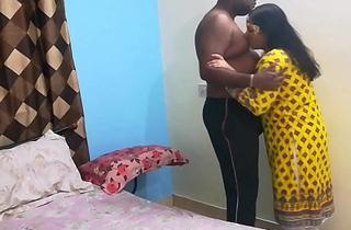 Indian Shanaya Bhabhi Here Eye Catching Desi Shalwar Adjust Having Closeup Sex With Love