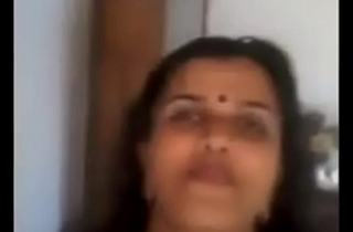 Indian aunty selfie video  boobs coupled with pussy hot showtimes