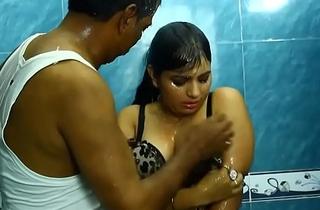 Hot Indian Bhabhi Concern beside Plumber