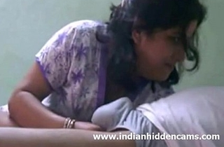 Indian Bhabhi Engulfing Flannel Be advisable for Ejaculation