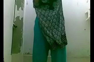 box in bating indian wife in shower for a selfie