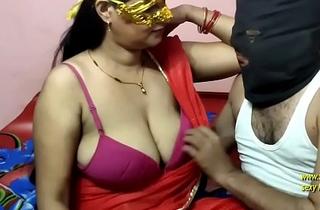 (हिंदी में अश्लील) सास को चोदते हुए बीबी ने देख लिया